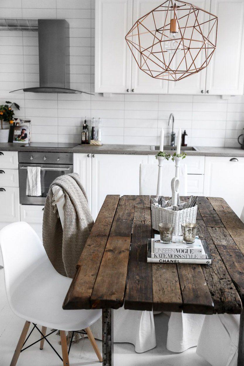 Alter Tisch Mit Modernen Stühlen  Ich Liebe So Etwas  Küche Und von Tisch Und Stühle Für Küche Bild
