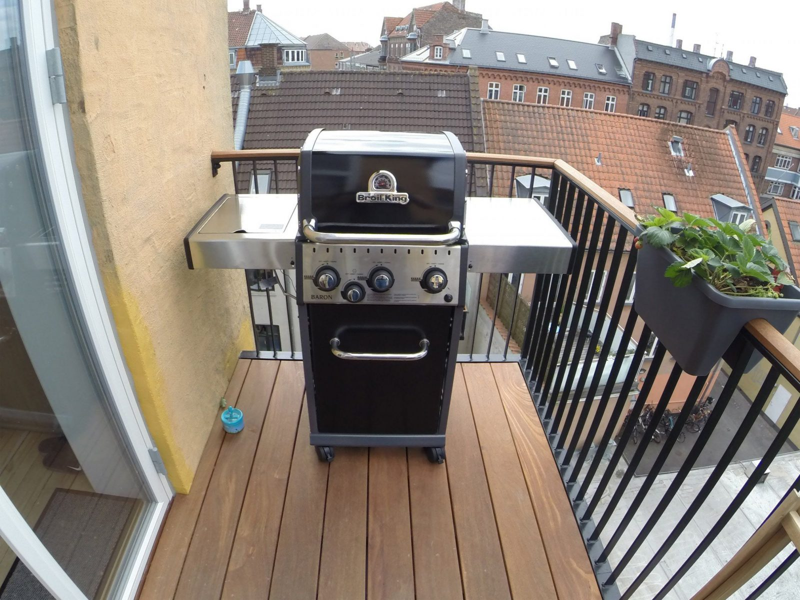 Assembling A Broil King Baron 340  Youtube von Broil King Baron 440 Test Photo