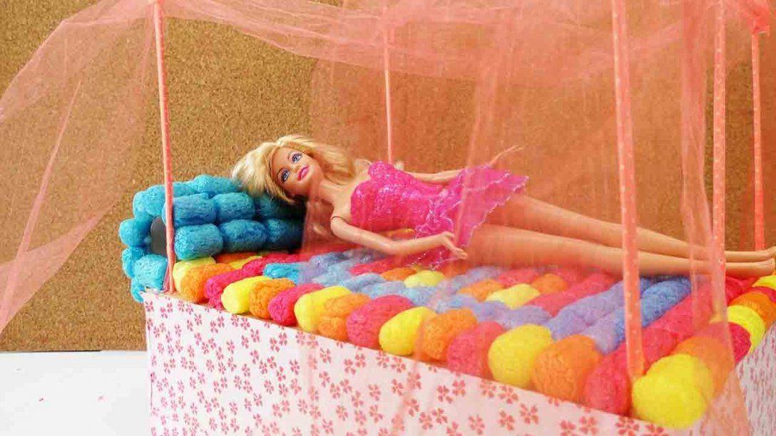Barbie Bett Basteln  Diy Himmelbett Selber Machen  Youtube von Barbie Bett Selber Bauen Photo