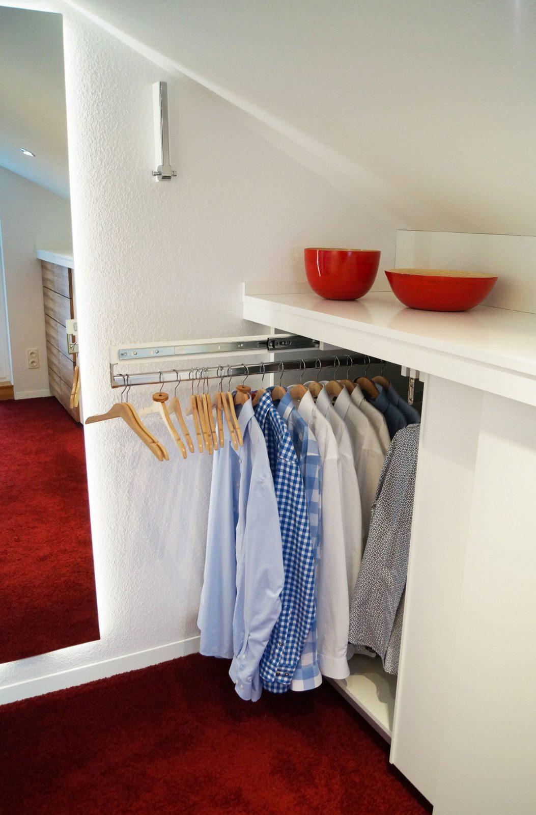 Begehbarer Kleiderschrank Begehbarer Kleiderschrank Dachschräge von Begehbarer Kleiderschrank Dachschräge Selber Bauen Bild
