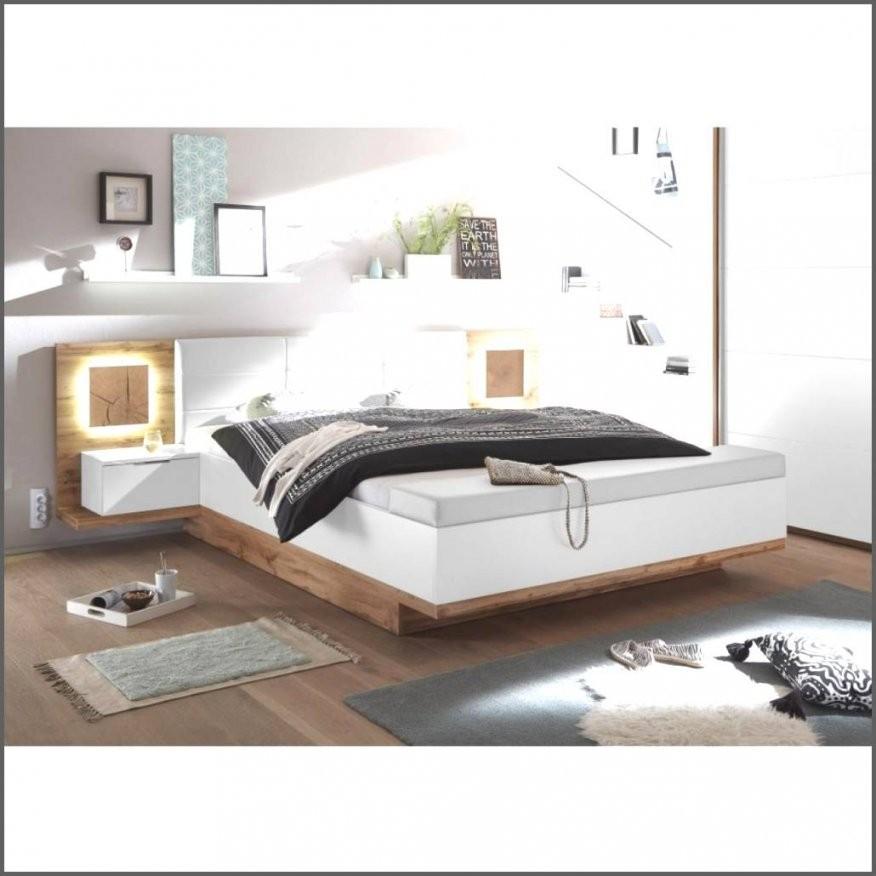 Bemerkenswerte Ideen Sitzbank Vor Dem Bett Und Fabelhafte Bank Von von Sitzbank Vor Dem Bett Bild