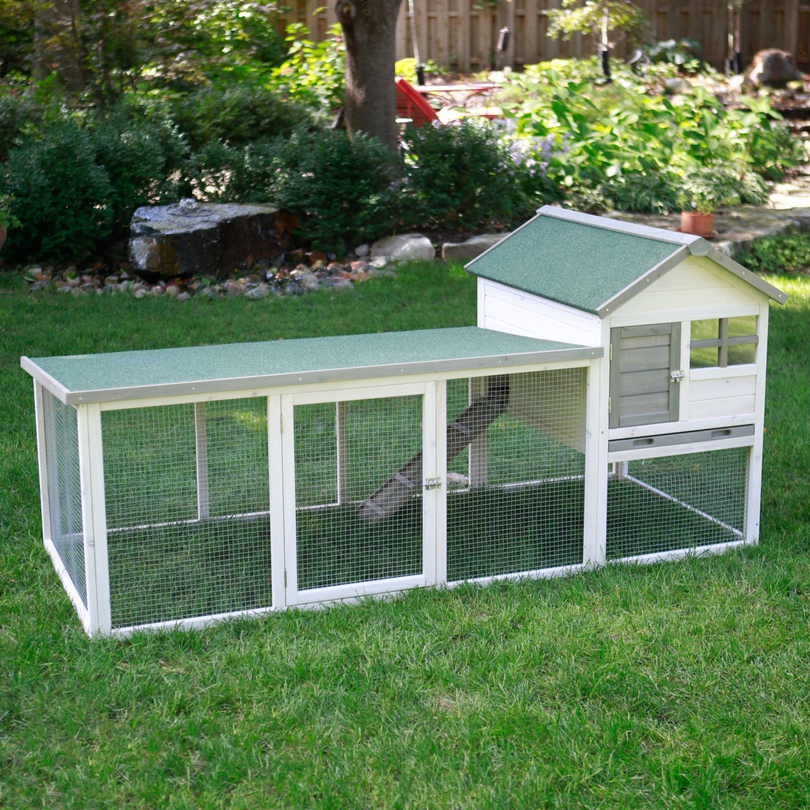 Boomer & George White Wash Outdoor Rabbit Hutch With Extended Run von Boomer And George Rabbit Hutch Photo