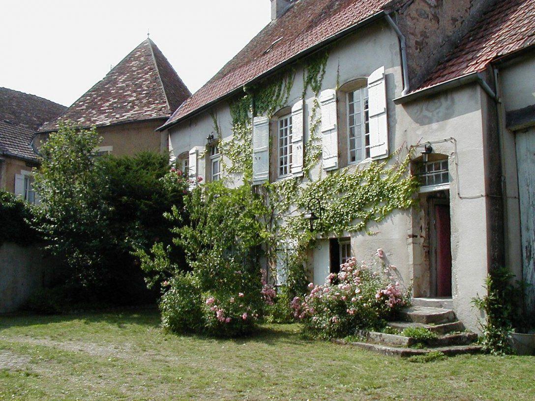 Careguide  Blog Archive  (417) Gesucht Schönes Altes Haus Im Burgund von Haus Kaufen In Schweiz Photo
