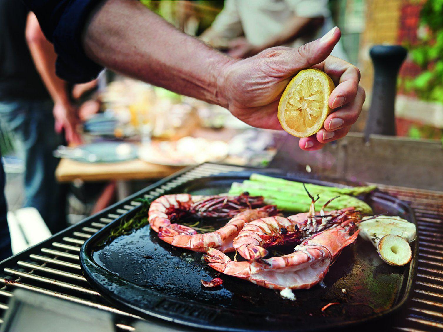 Die 8 Goldenen Regeln Für Das Fischgrillen  Gastro News Wien von Lachs Grillen Weber Gasgrill Bild