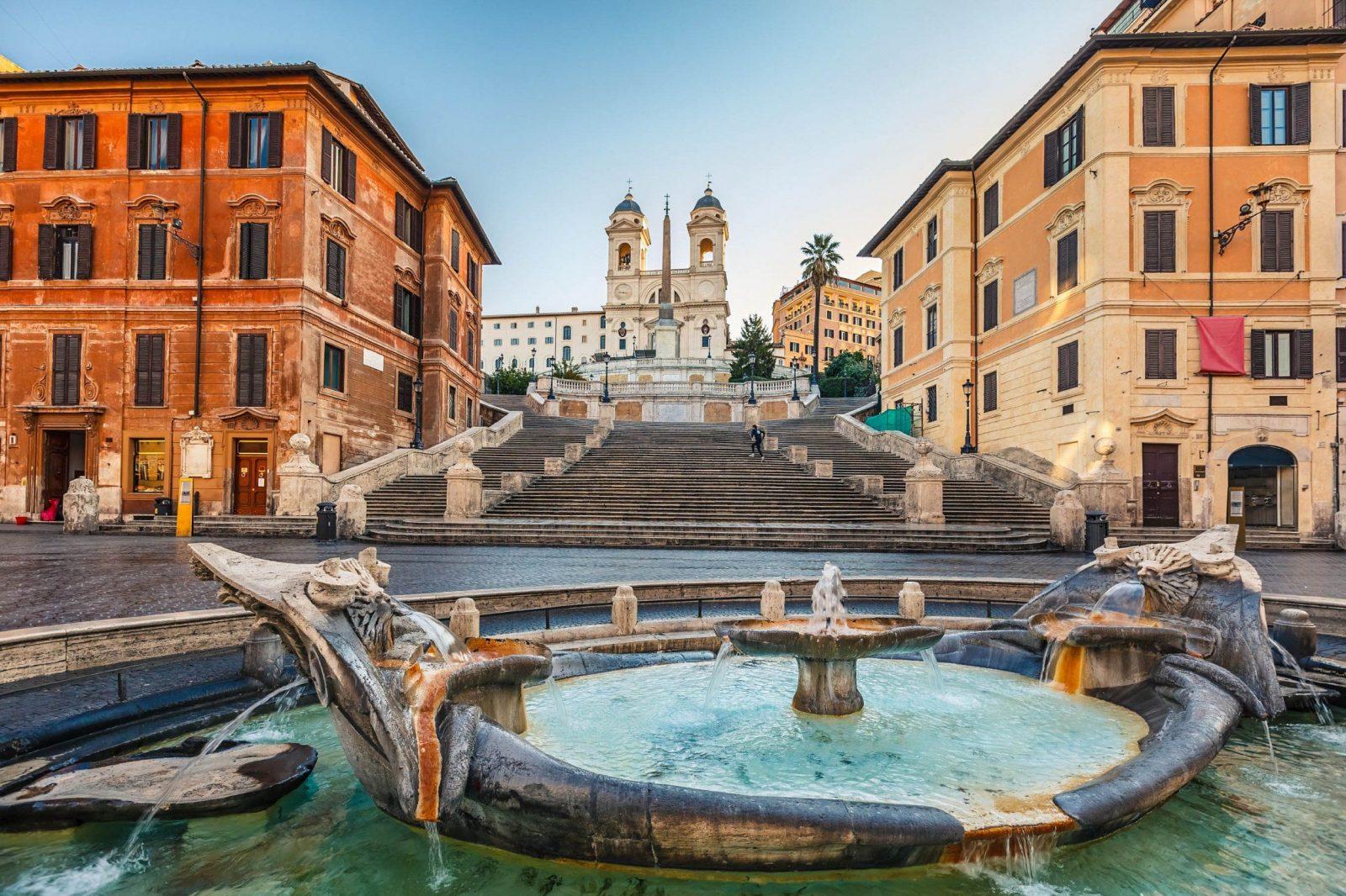 Die Top 10 Sehenswürdigkeiten In Rom  Urlaubsguruat von Spanische Treppe Rom Gesperrt Bild