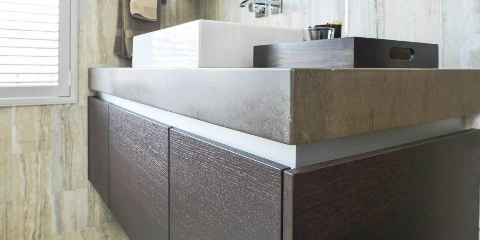 doppelter waschtischunterschrank h ngend holz modern poggenpohl von moderne waschtische mit. Black Bedroom Furniture Sets. Home Design Ideas