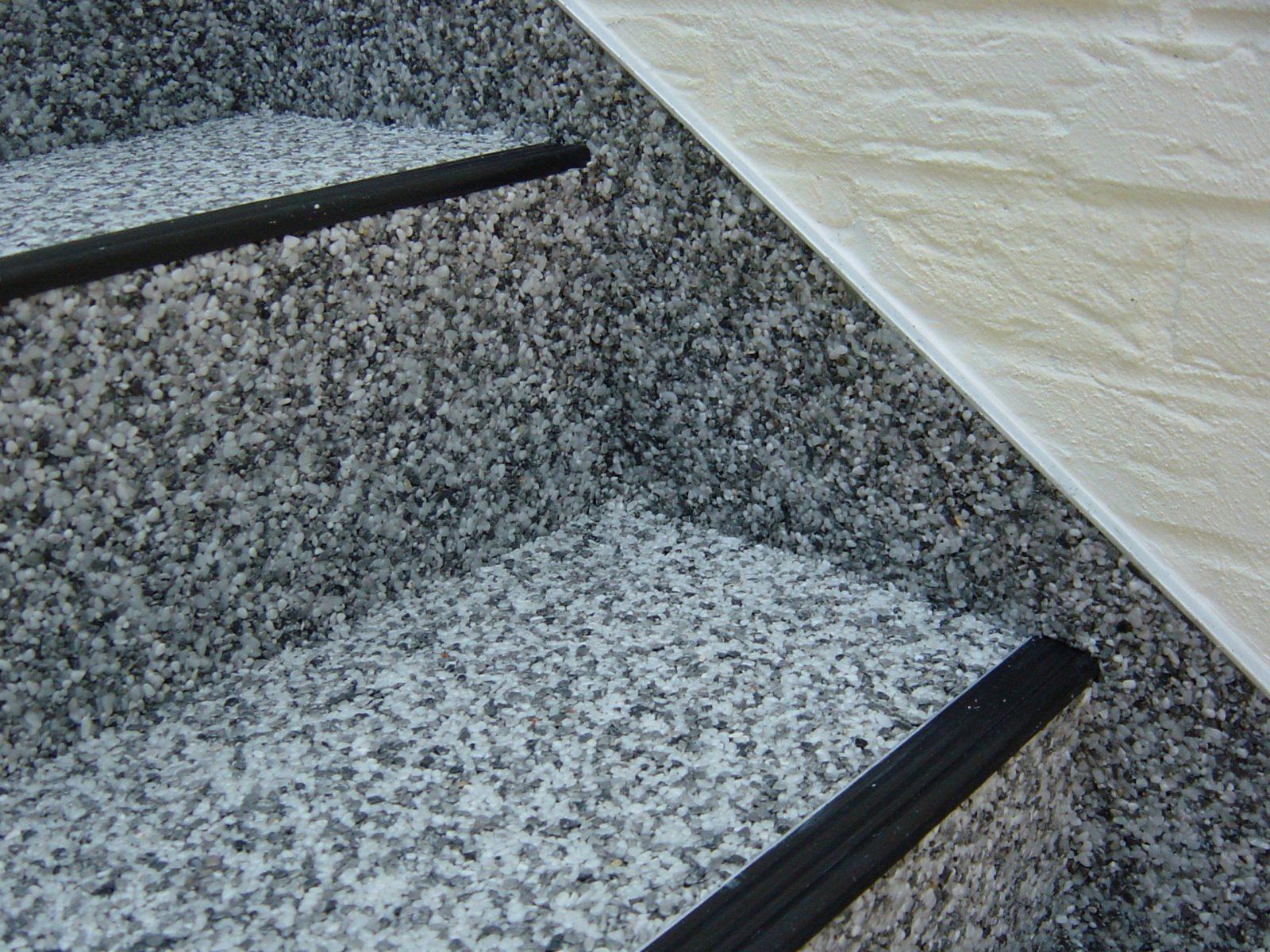 Ein Neues Kleid – Stufe Für Stufe  Außentreppen Sanieren Und von Außentreppe Sanieren Mit Marmorgranulat Bild