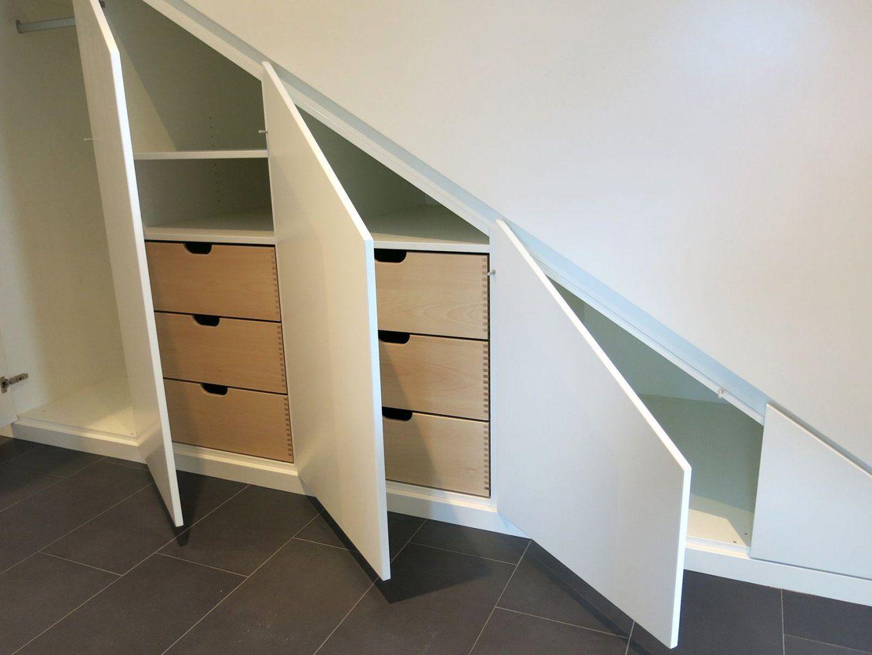 Einbauschrank Für Eine Dachschräge Oder Unter Der Treppe Gefertigt von Schrank Unter Der Treppe Photo