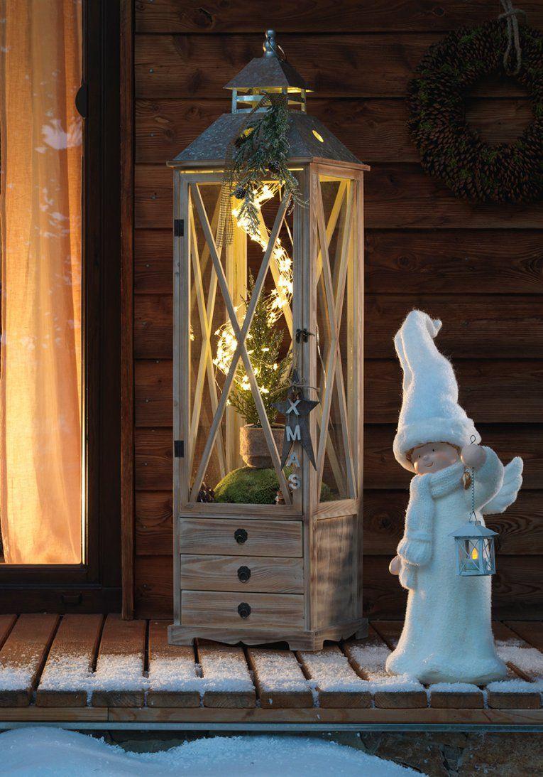 Eine Klassische Große Holzlaterne Mit Warmem Led Licht Macht Avec von Dekoideen Für Große Laternen Photo