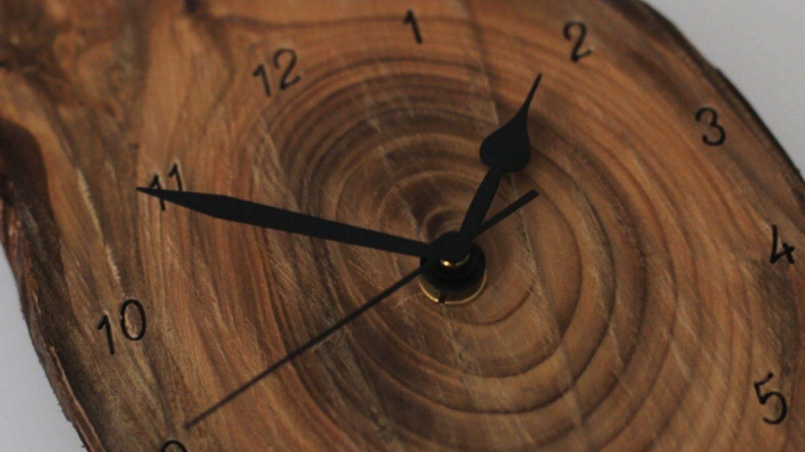 Eine Wanduhr Bauen  Hinter Den Kulissen Eines Uhrmachers  Youtube von Wanduhr Aus Holz Selber Bauen Photo