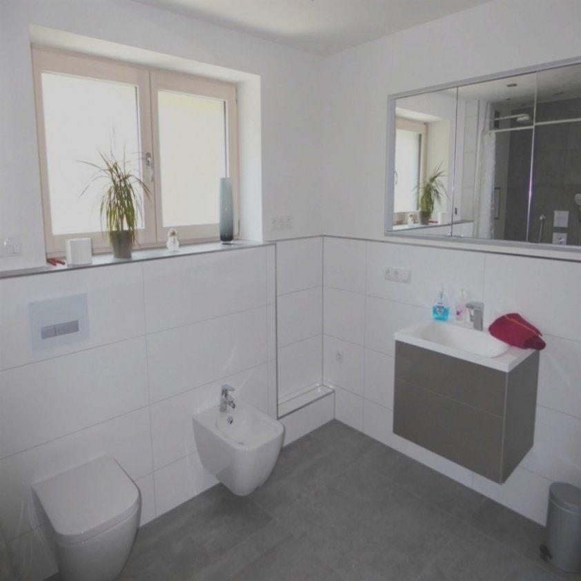 Einzigartige Badezimmer Ohne Fliesen Download Millesimeauto von Wandgestaltung Badezimmer Ohne Fliesen Bild