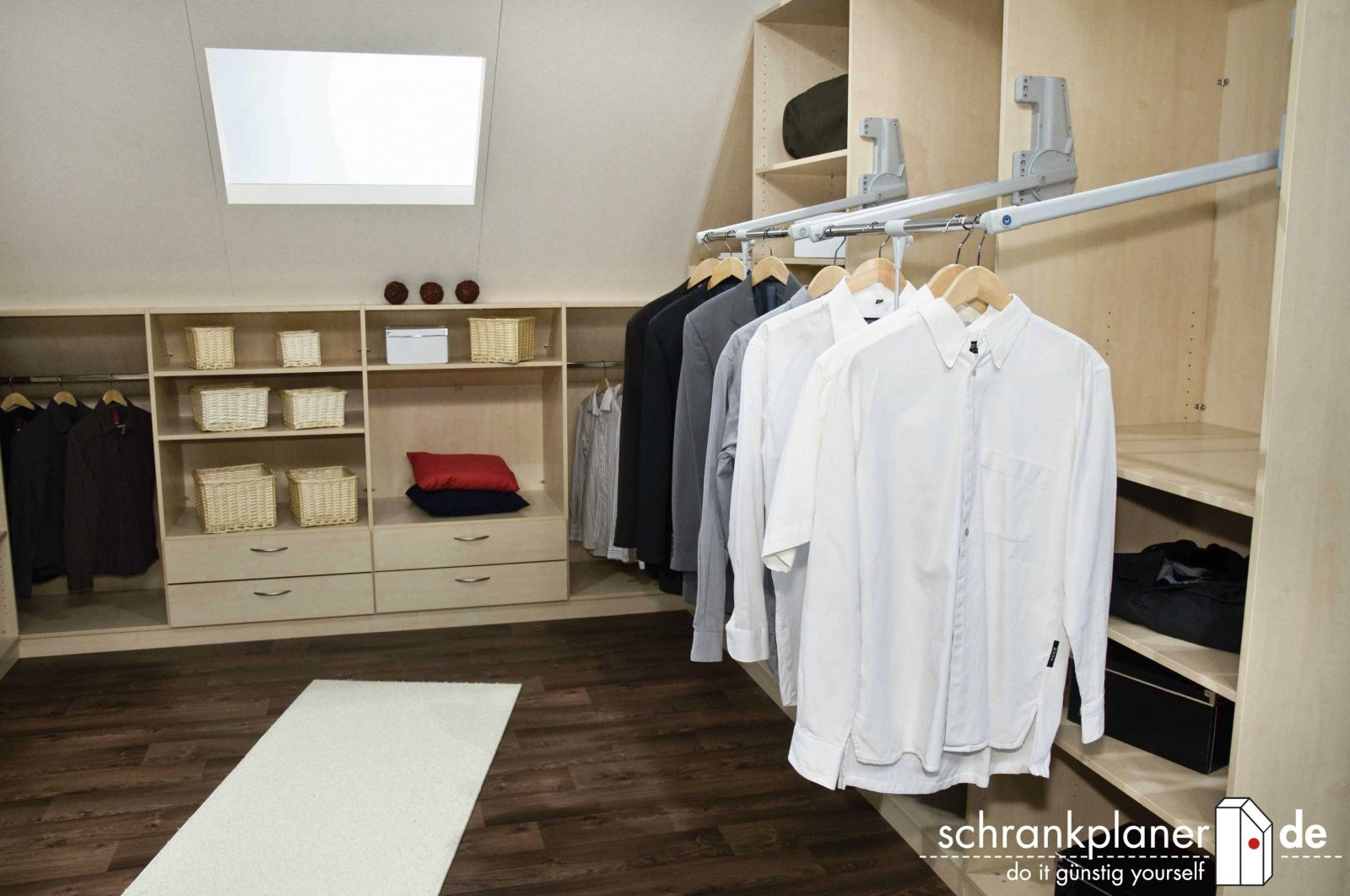 Elegantes Wandschrank Selber Bauen 20 Bilder Begehbarer von Kleiderschrank Selber Bauen Kosten Bild
