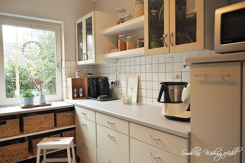 Endlich Neue Alte Küche Mit Kreidefarbe  Smillas Wohngefühl von Küchenmöbel Streichen Vorher Nachher Bild