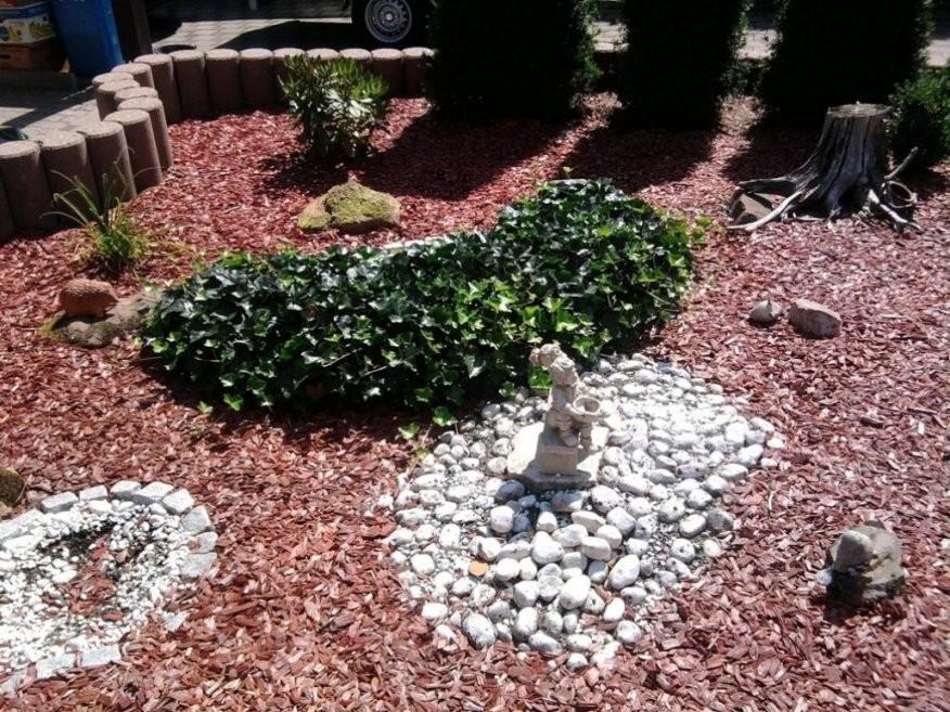 Erstaunlich Vorgärten Mit Steinen Vorgarten Mit Kies Und Rindenmulch