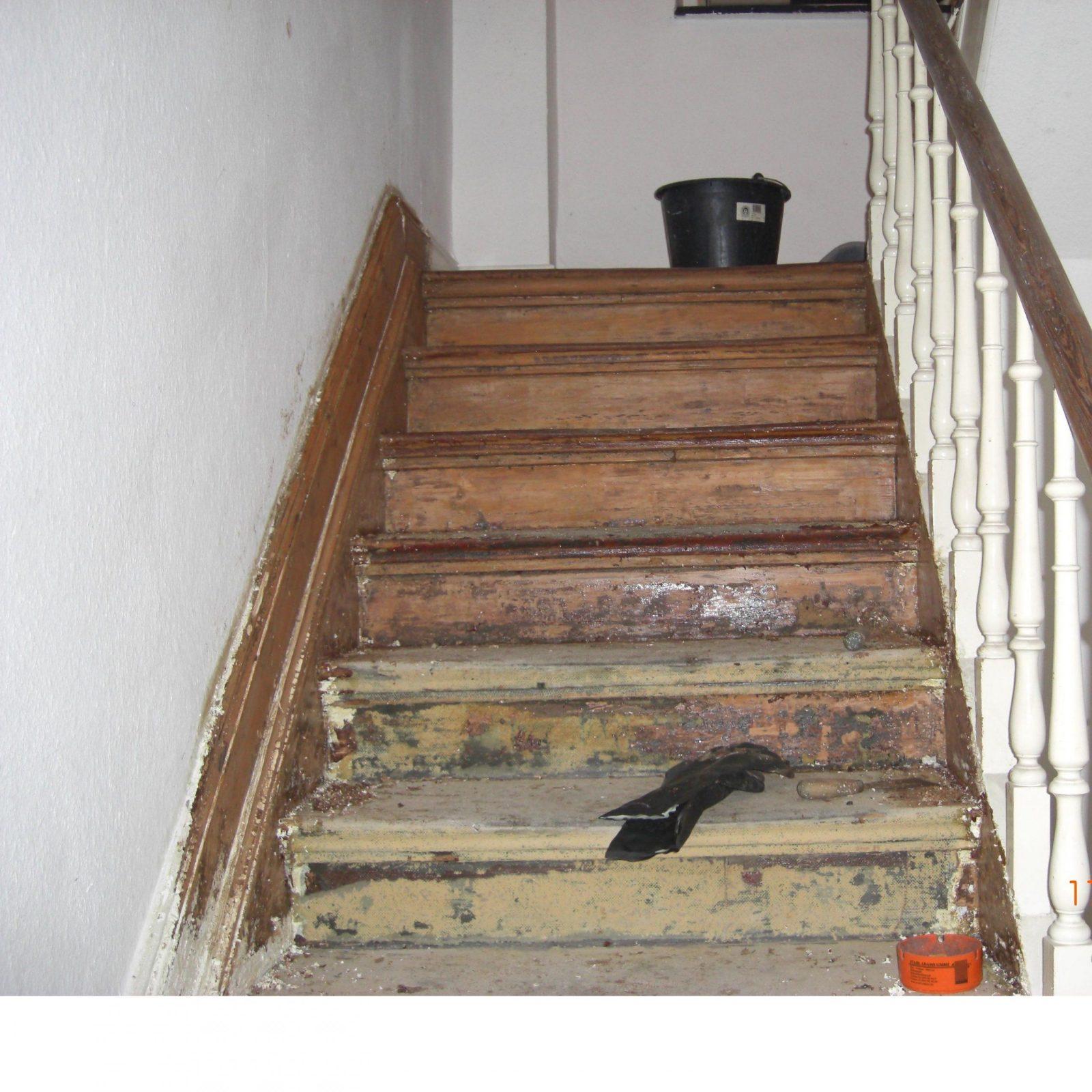 Fabelhafte Alte Holztreppe Streichen Treppe Streichen Beste Von von Holztreppe Streichen Welcher Lack Photo