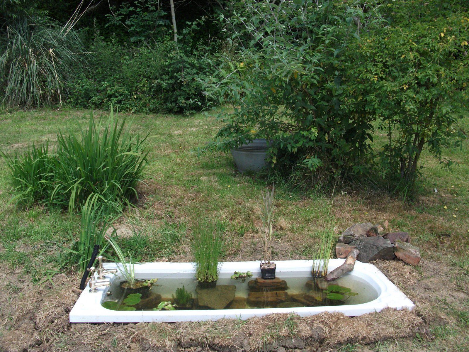 Faszinierend Badewanne Im Garten 20 Bilder Alte Badewanne Fã R von Badewanne Für Den Garten Bild
