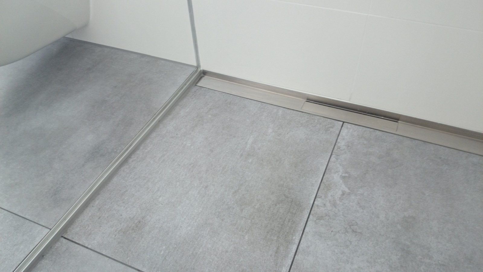 Fliesen Bodengleiche Dusche Tr29 – Hitoiro von Bodengleiche Dusche Fliesen Rutschfest Bild