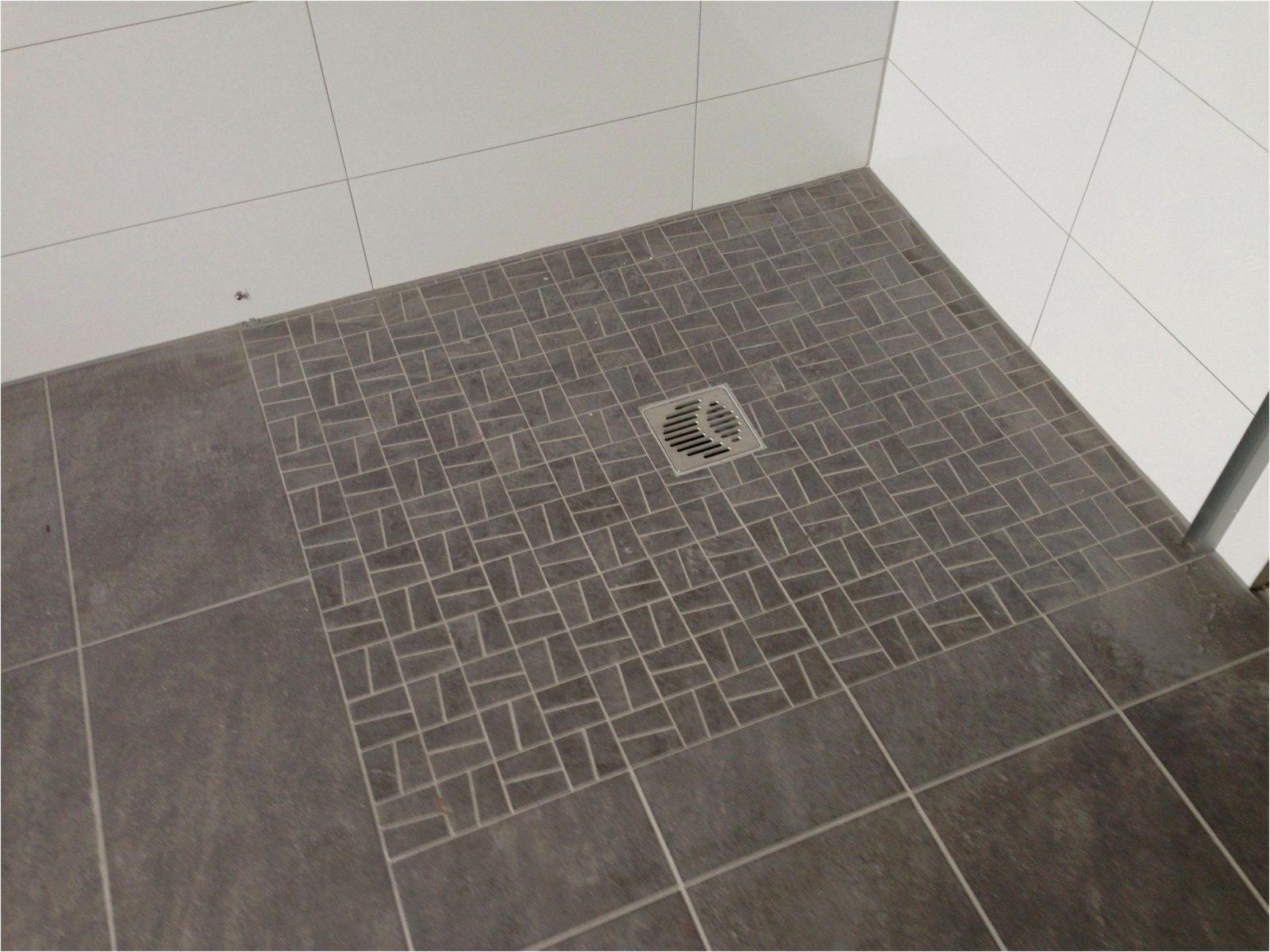 Fliesen Mosaik Atemberaubend Muster Über Fliesen Mosaik Mit Designs von Mosaik Fliesen Dusche Boden Bild