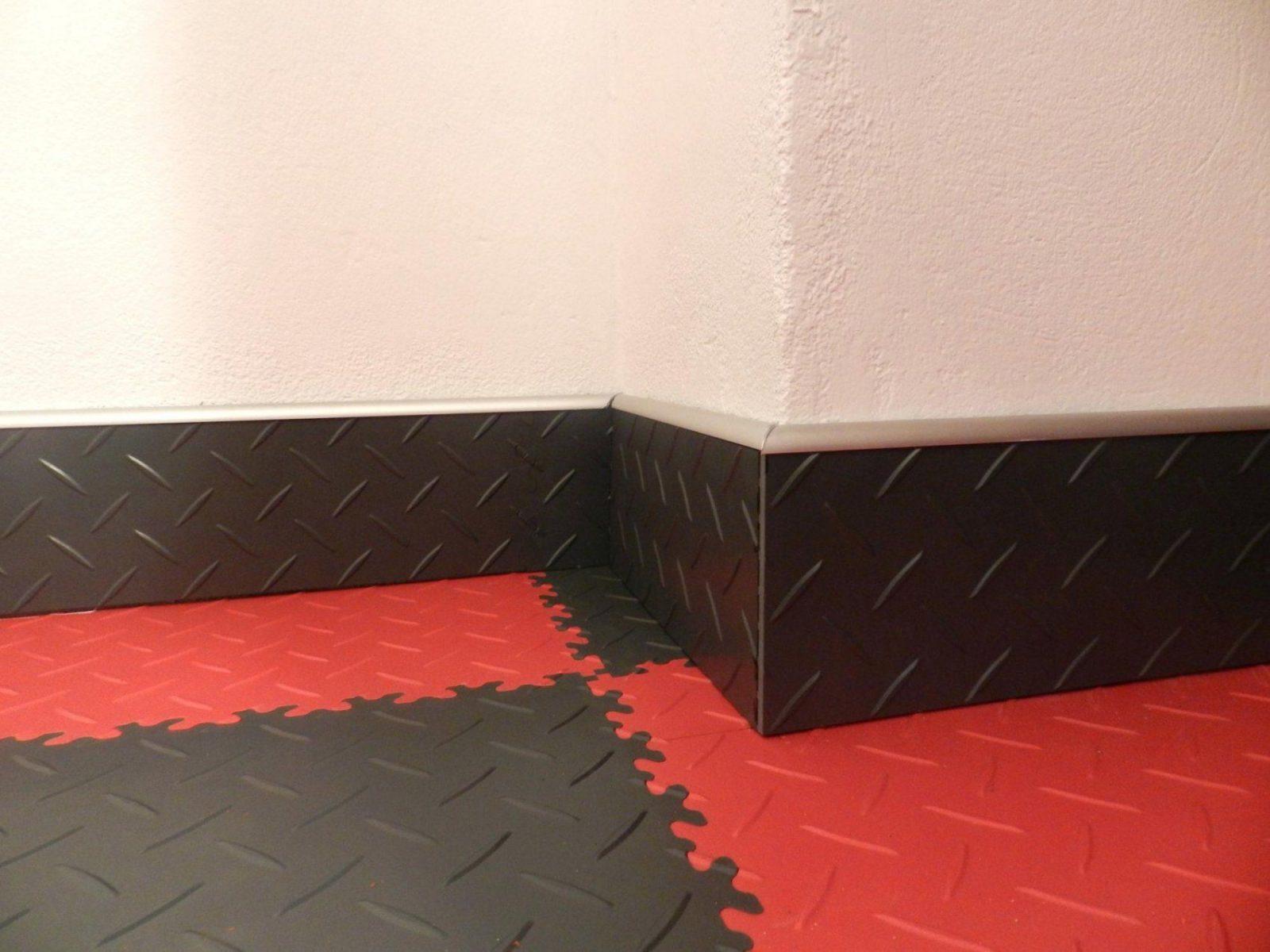 Fliesen Pvc Fortelock Wand Kuche Verlegen Selbstklebend Auf Boden von Selbstklebende Pvc Fliesen Für Die Wand Bild