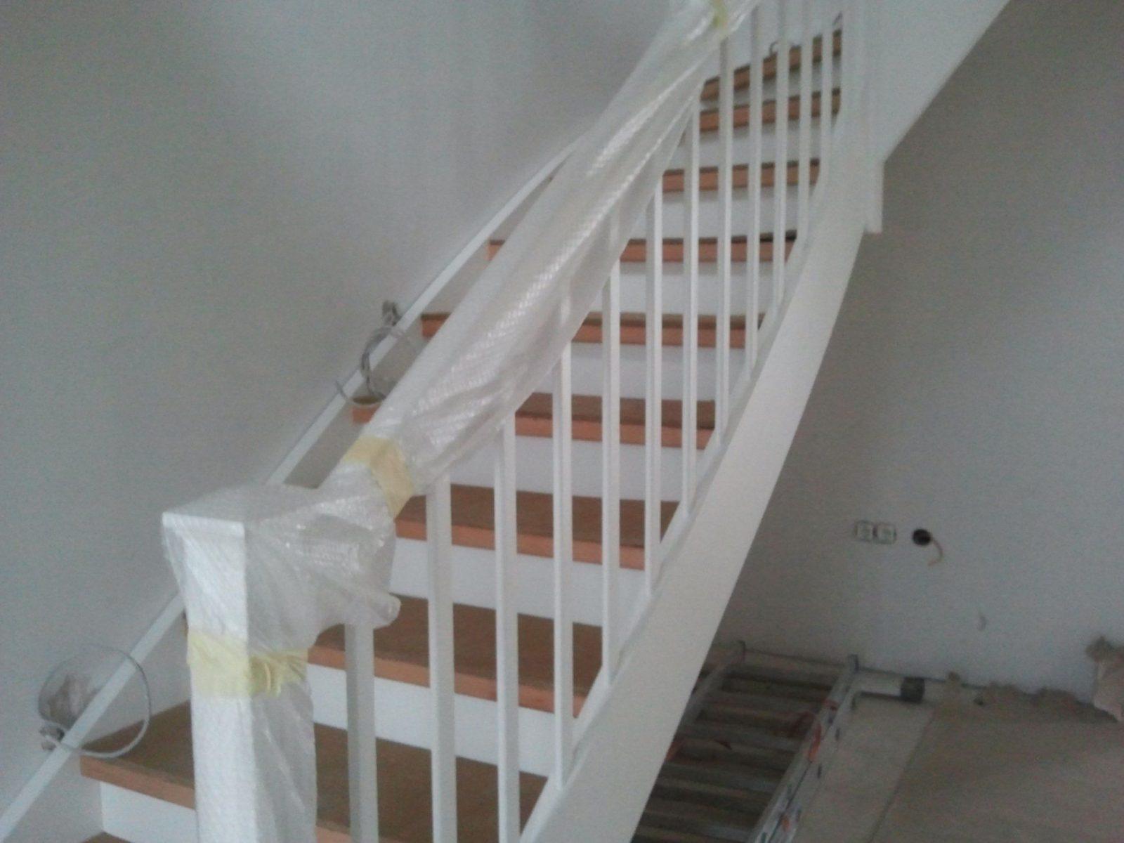 Frisch 30 Treppe Streichen – Swappingtons – Ntf von Treppe Streichen Welche Farbe Photo