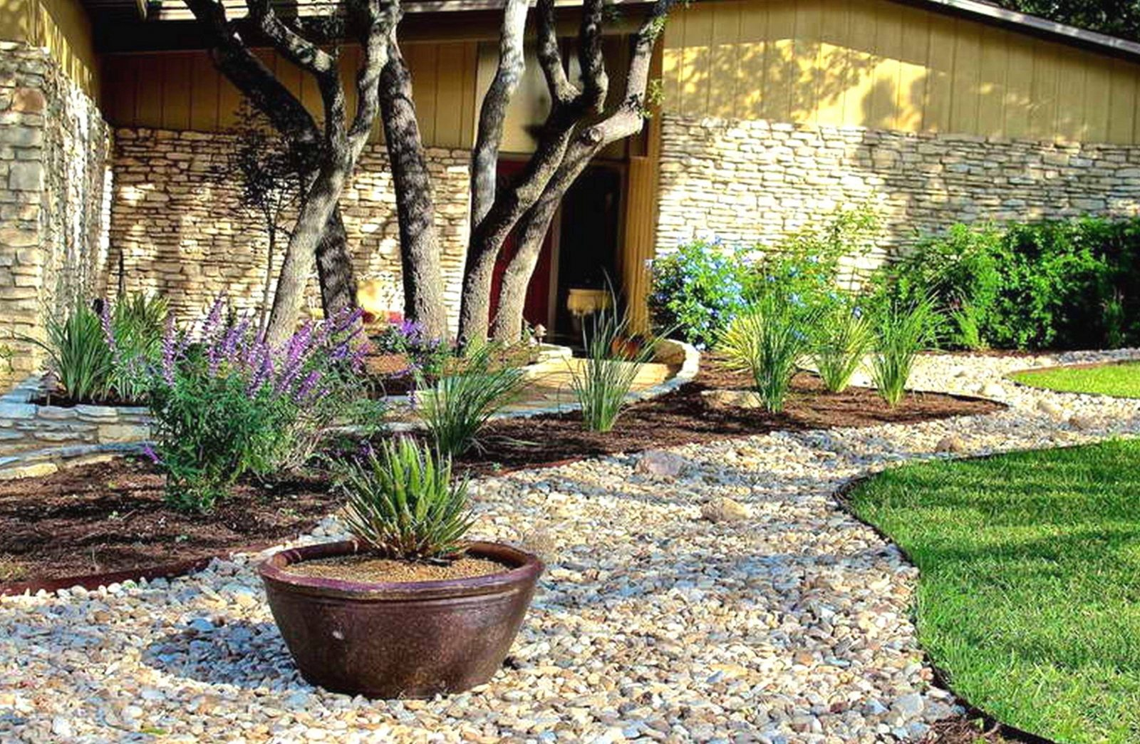 Garten Mit Kies Gestalten Bilder Inspirierend Inspirierend Vorgarten von Garten Mit Kies Bilder Photo