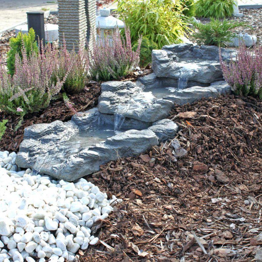 Garten Wasserfall Selber Bauen Steinmauer Teich Im Brunnen von Steinmauer Garten Selber Bauen Photo
