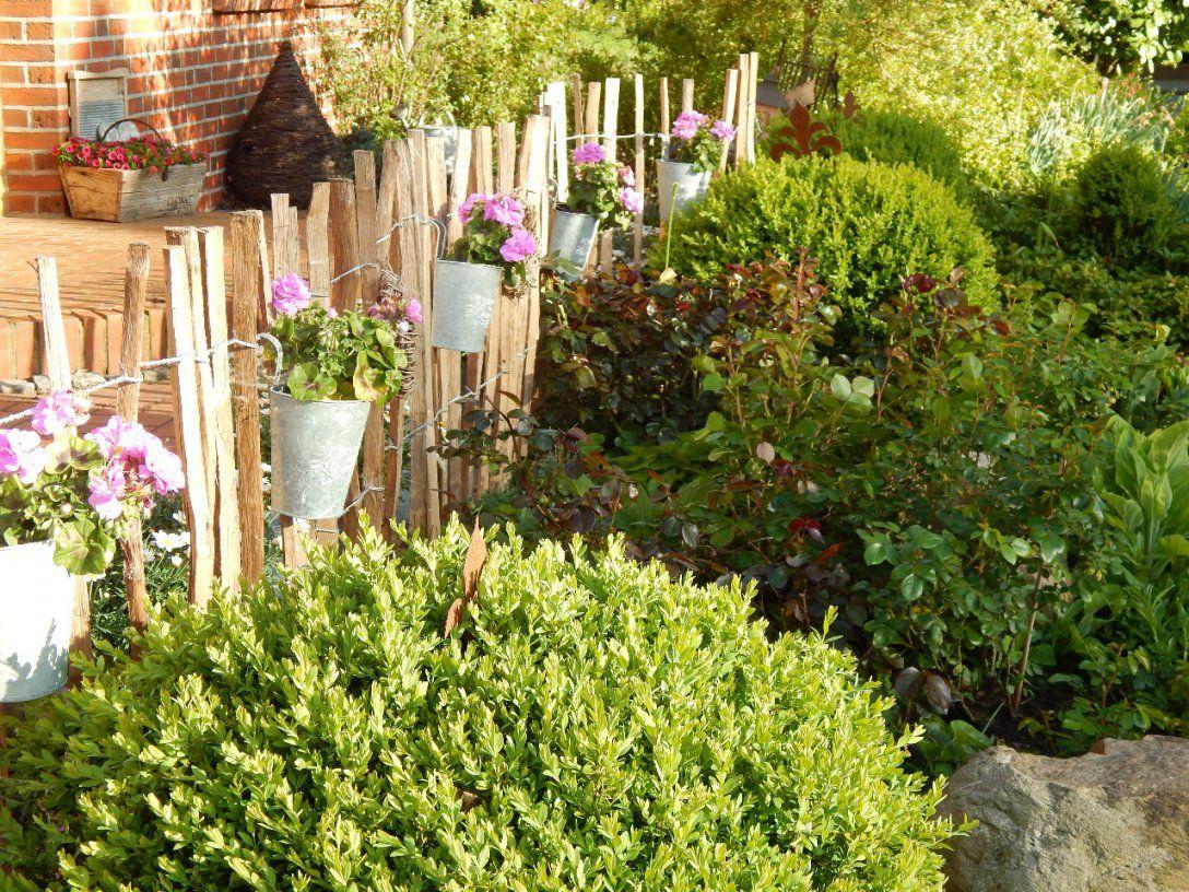 Gartengestaltung Kleine Garten von Kleiner Zaun Für Vorgarten Photo