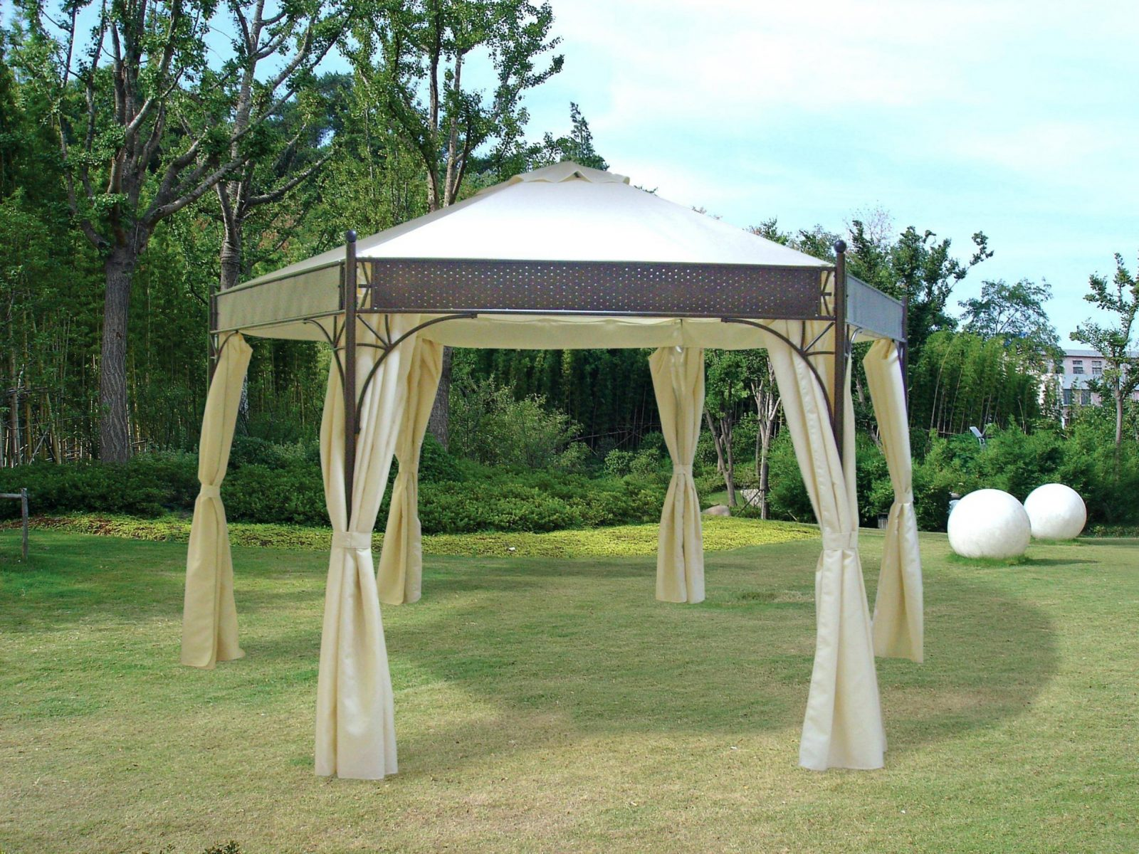 Gartenpavillon Metall Eleganter Pavillon 3—3 Meter Dach 100 Von von Pavillon 4 X 4 M Wasserdicht Photo