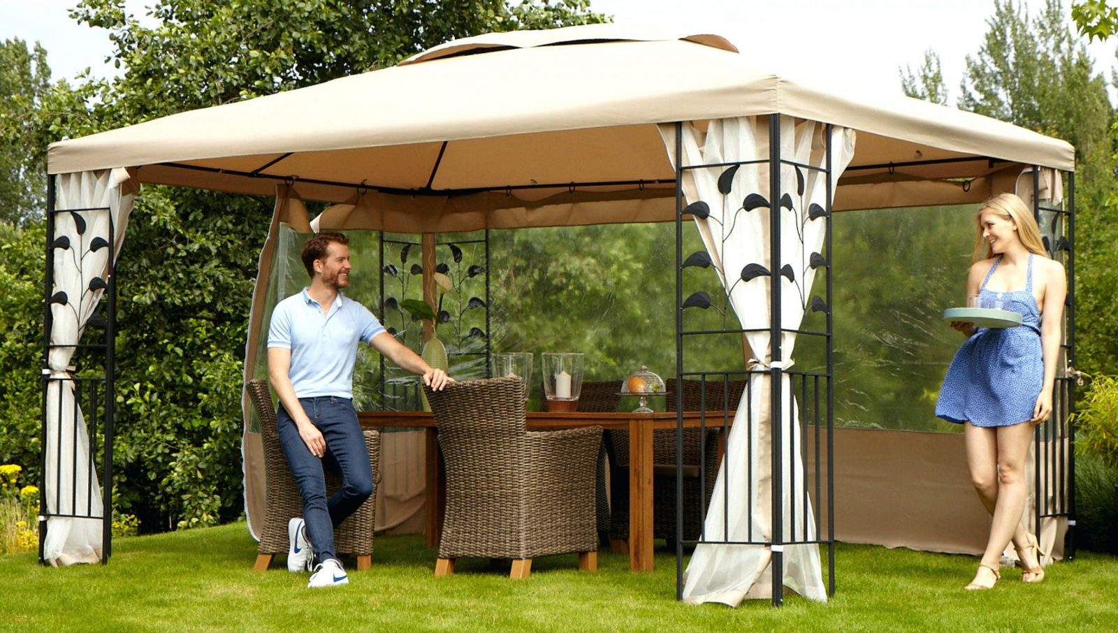Gartenpavillon Mit Festem Dach Cool Pavillon Bltter In Gren von Pavillon Metall Festes Dach Photo