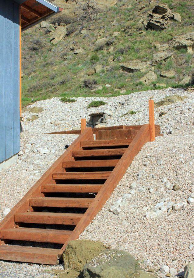 Gartentreppeselberbauenholzkonstruktionfertigsteilhang von Treppe Am Hang Bauen Photo