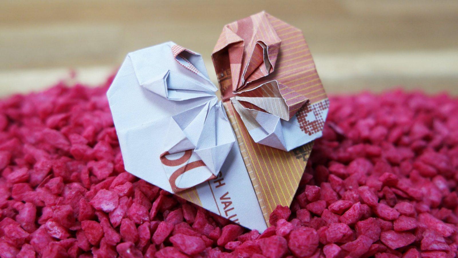 Geldscheine Falten Herz ❤ Origami Geldgeschenk Zur Hochzeit  Youtube von Geldschein Als Herz Falten Bild