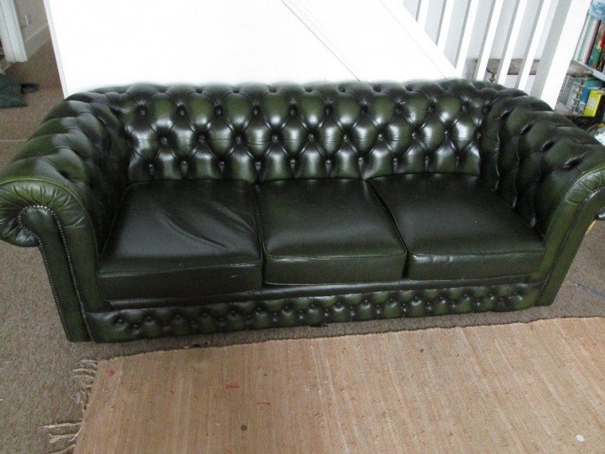 Green Leather Chesterfield Sofa And Arm Chair  In St Leonardson von Green Leather Chesterfield Sofa Photo