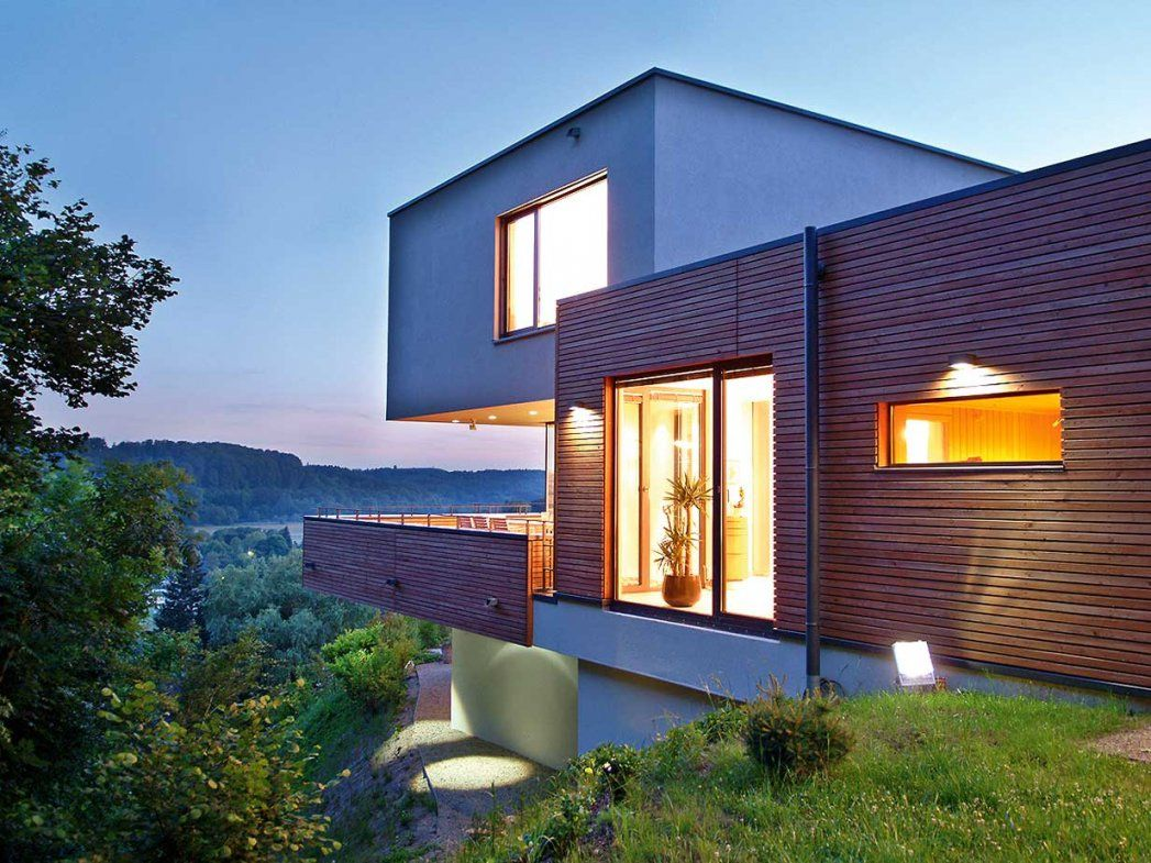 Hausbau Wohnen In Hanglage  Wohnen von Garage Im Keller Hanglage Photo