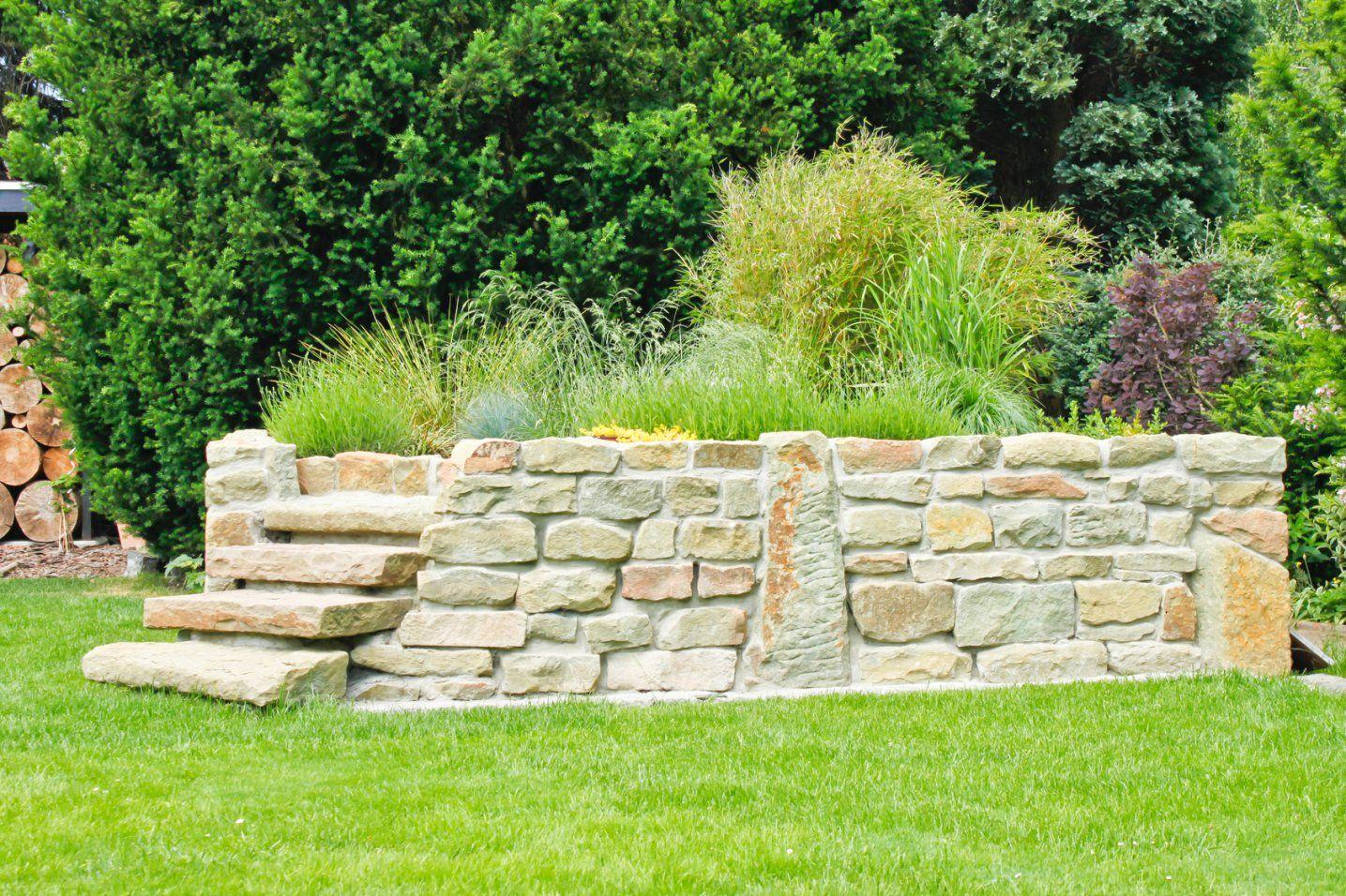Hoch Hinaus Im Garten  Gioacchino Orecchia von Hochbeet Aus Natursteinen Selber Bauen Photo