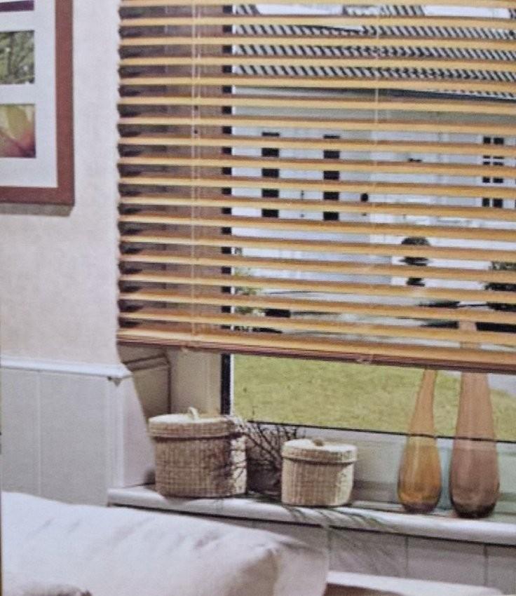 Holz Jalousie Holzjalousie Rollo Holzrollo Echtholz 35Mm Ist Frisch von Jalousien Holz Dänisches Bettenlager Photo