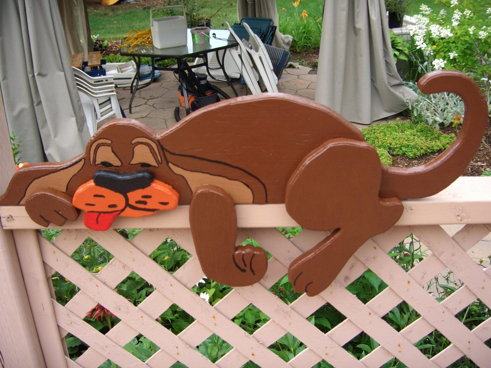 Holzfiguren Garten Chien Au Repos Dacco Extacrieur Fur Den Basteln von Holzfiguren Garten Selber Machen Bild
