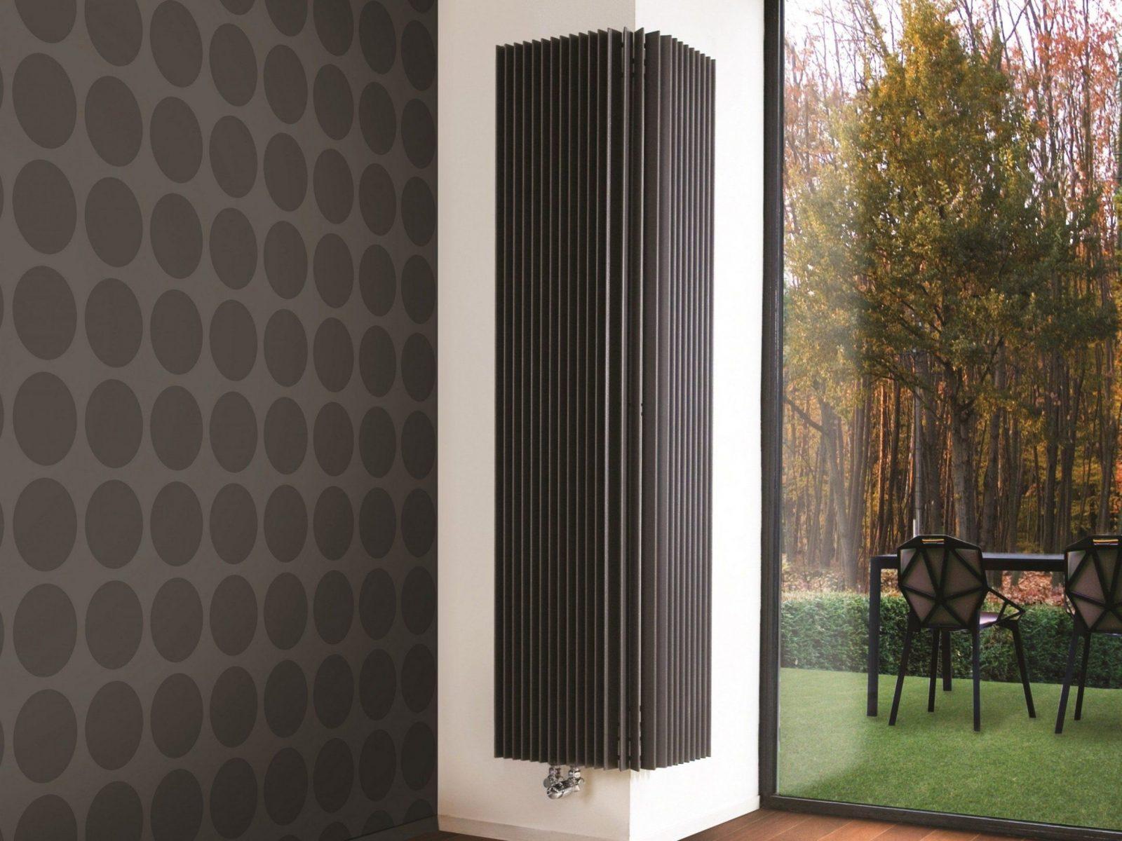 Interessant Design Heizkörper Vertikal Wohnzimmer Best Designer von Schöne Heizkörper Für Wohnzimmer Bild