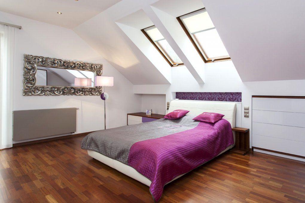Interessant Tapete Schlafzimmer Schräge  Bolashak von Tapeten Schlafzimmer Mit Schräge Photo