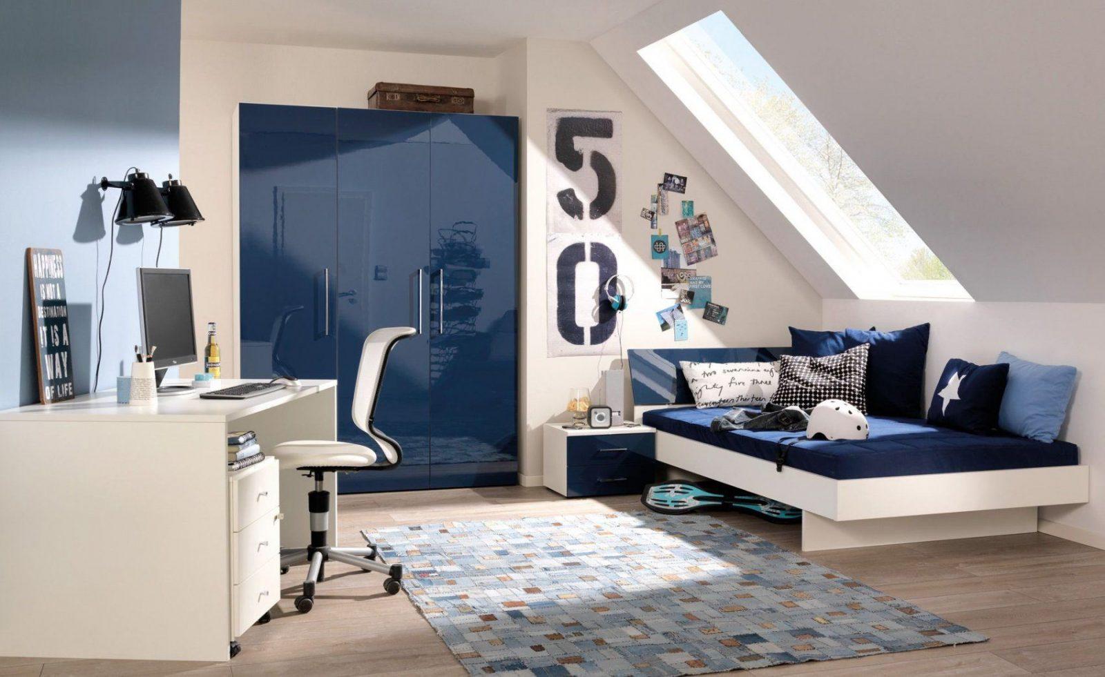 Jugendzimmer In Dunkelblau Und Creme Gestalten Jugendzimmer Avec von Kinderzimmer Mit Dachschräge Gestalten Photo