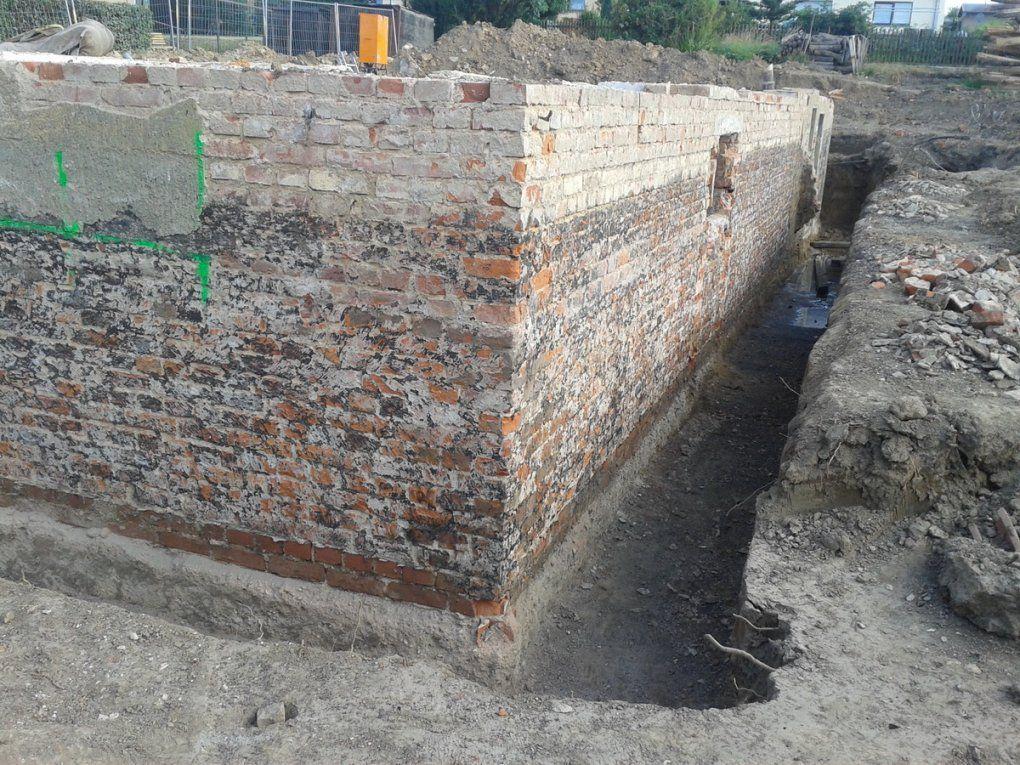 Keller Abdichten  Kosten  Baugutachter von Drainage Ums Haus Kosten Bild