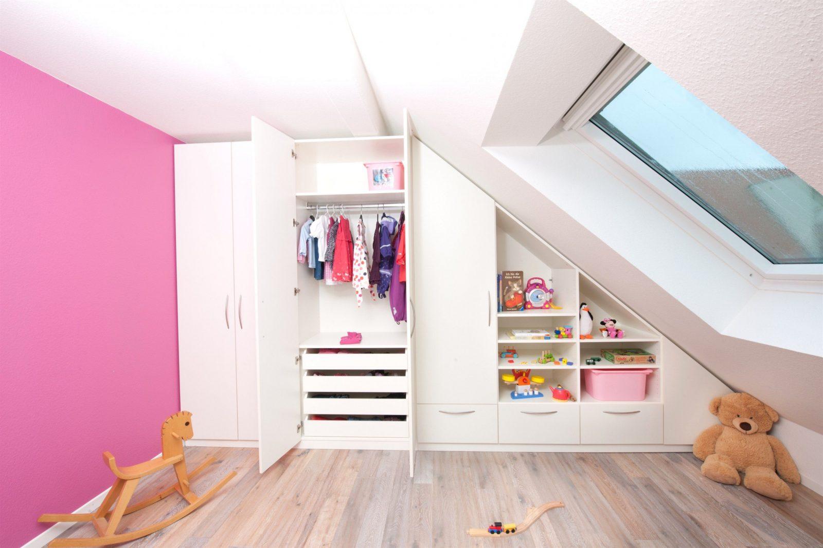 Kinderzimmer Mit Dachschräge Für Mädchen Youtube 2 Und Maxresdefault von Kinderzimmer Mit Dachschräge Gestalten Bild