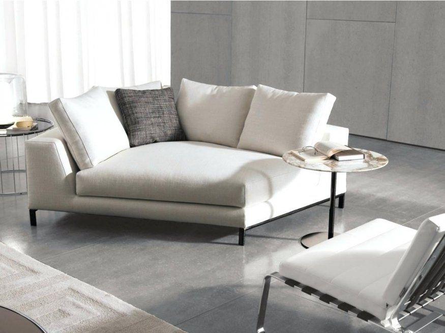 Kleine Couch Stilvolle Sofas  Gerumiges Jugendzimmer von Kleines Ecksofa Für Jugendzimmer Bild