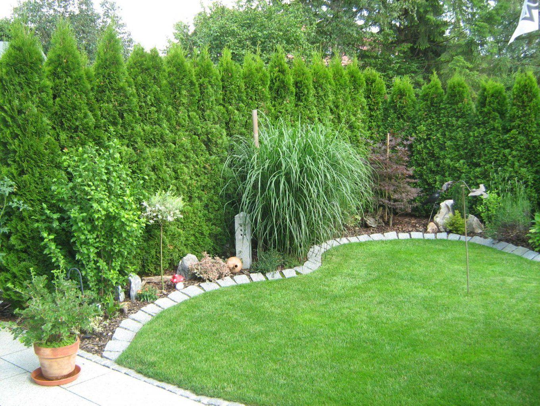 Kleiner Garten Mit Bepflanzung Rollrasen Und Granitbeeteinfassung von Gartengestaltung Bilder Kleiner Garten Photo