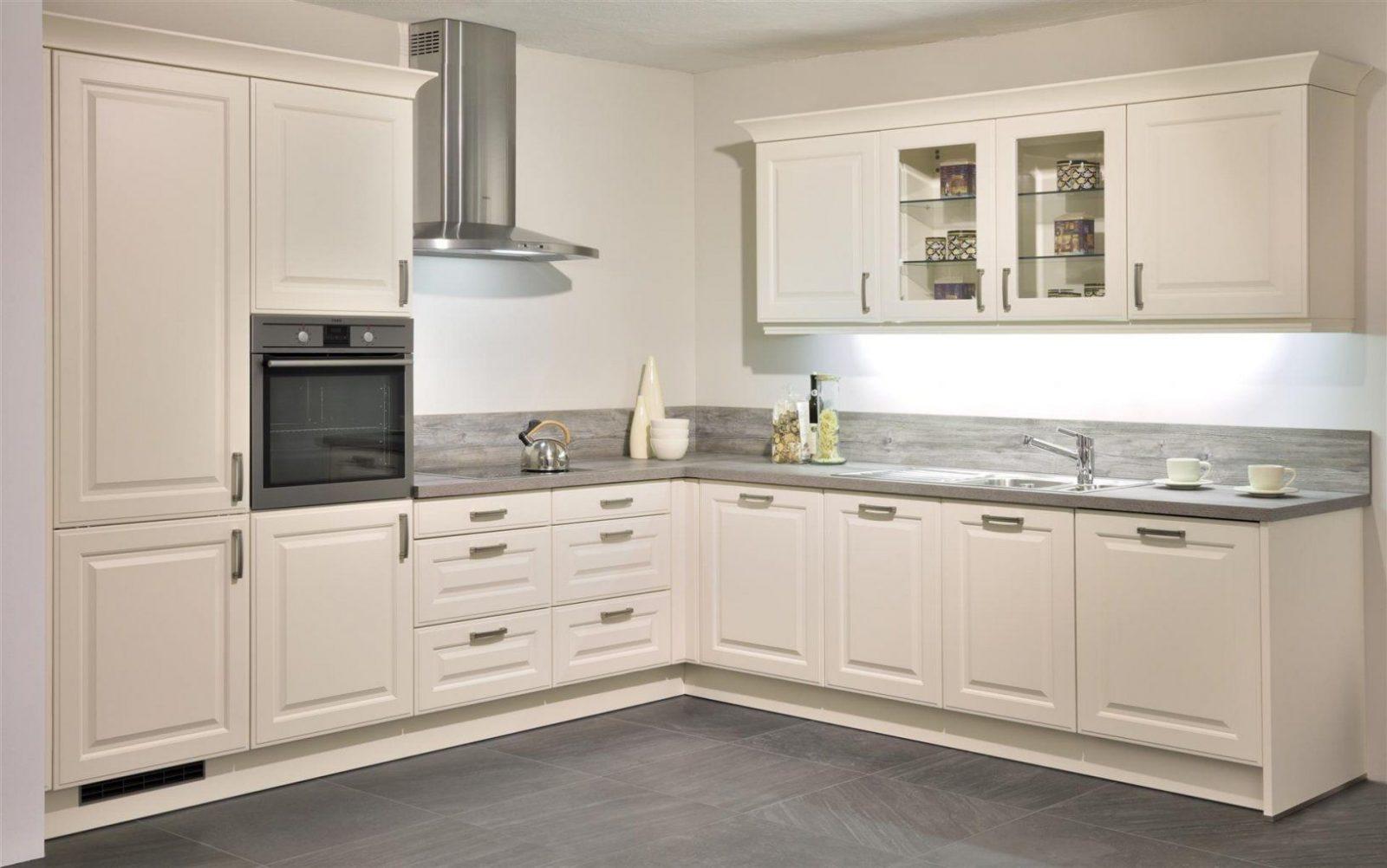 Küchen Landhausstil Modern  Ambiznes von Küche Im Landhausstil Gestalten Photo
