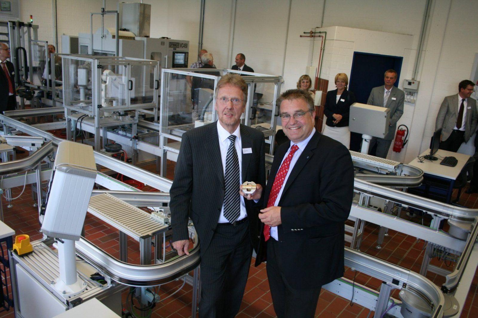 Landesweit Einmaliges Innovations Und Zukunftszentrum An Den von Bbs Neustadt Am Rübenberge Photo