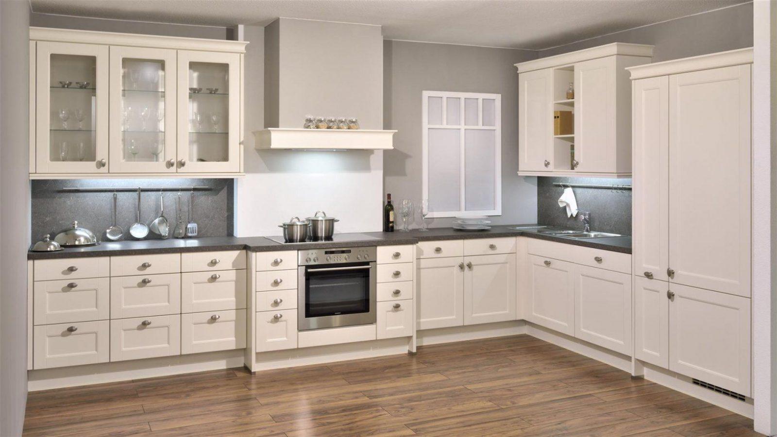 Landhausstil Küche Modern  Gispatcher von Küche Im Landhausstil Gestalten Photo