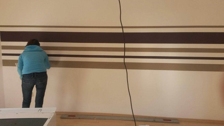 Lovely Streifen Wand Wohnzimmer For Your Home Decorating Ideas With von Streifen An Der Wand Photo