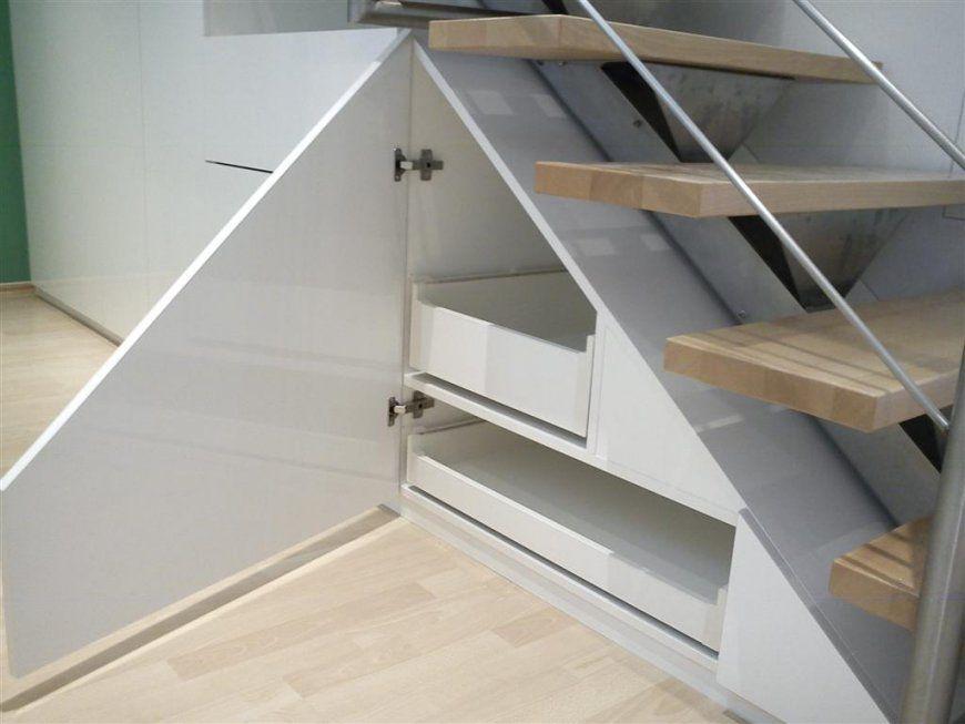 schrank unter treppe selber bauen haus design ideen. Black Bedroom Furniture Sets. Home Design Ideas