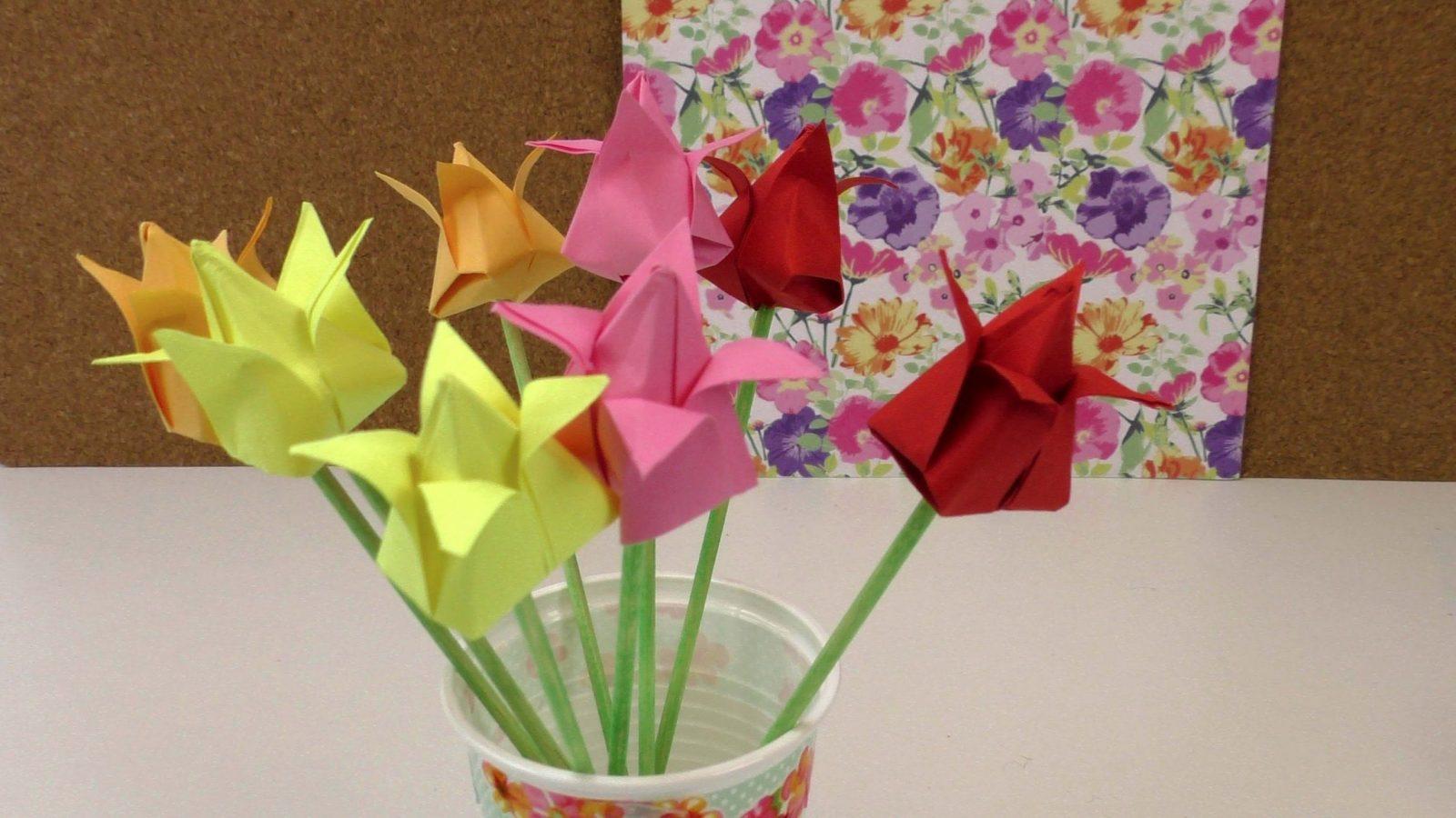 Origami Tulpen Diy  Blumen Falten Anleitung  Deko Einfach Und von Einfache Blumen Falten Anleitung Bild