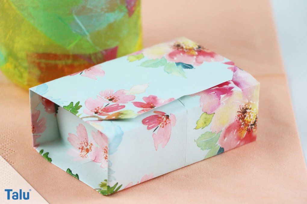schachtel selber falten interesting aus papier falten die perfekte geschenkbox von kleine. Black Bedroom Furniture Sets. Home Design Ideas
